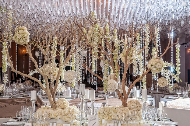 4 Perfect Winter Wonderland Wedding Themes
